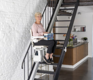1100-woman-stairlift-posing-6